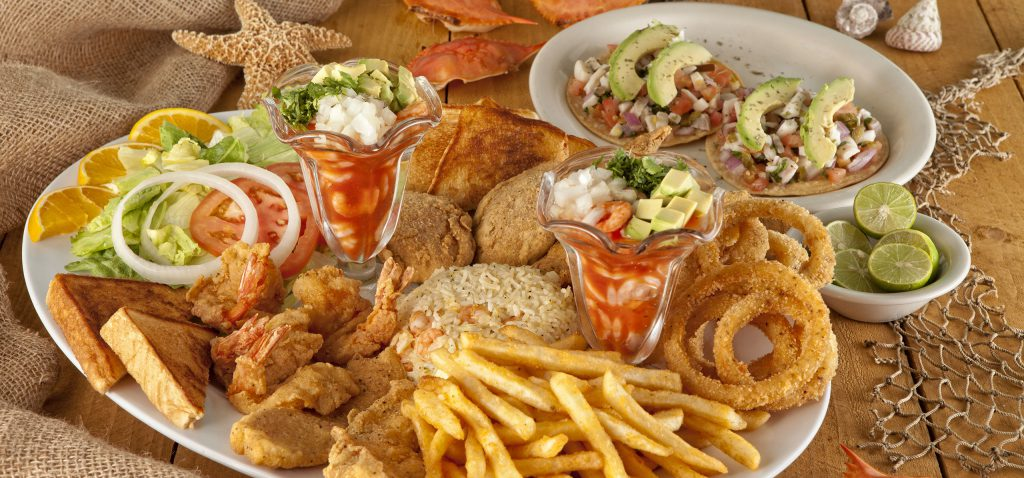 Mariscos la Costa fried food and fries plate