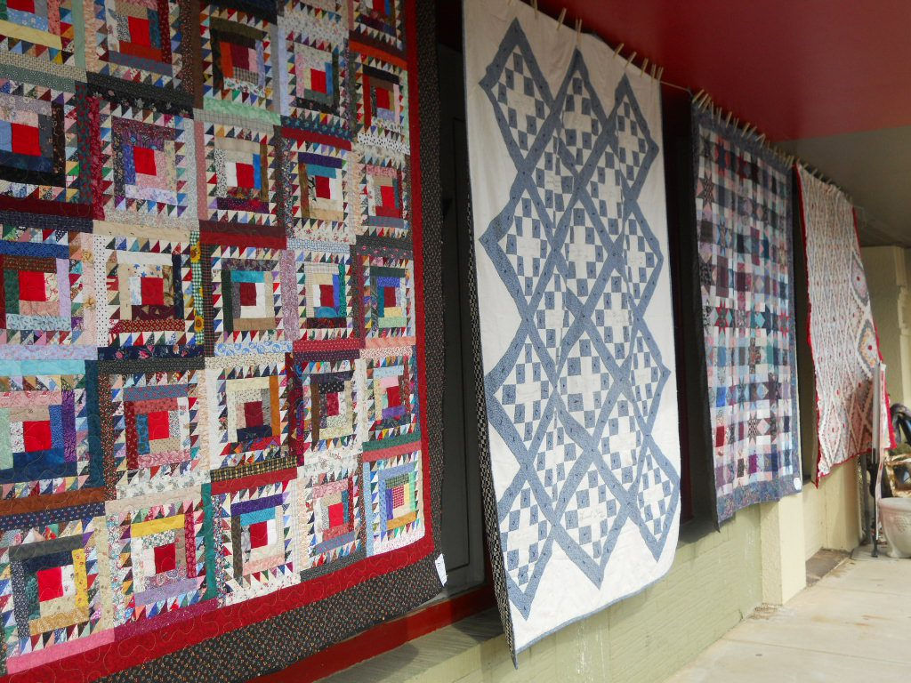 Airing of the Quilts on Main street