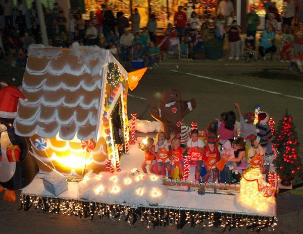 A parade float in Lost Pines Christmas celebration